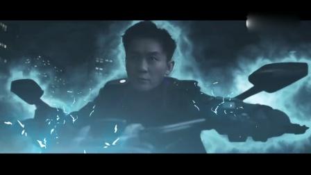 李晨化身骑士霸气来袭 机器人争霸