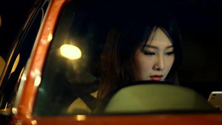 《反贪风暴3》没想大美女招美欣的车技那么好,差点连警察都跟丢