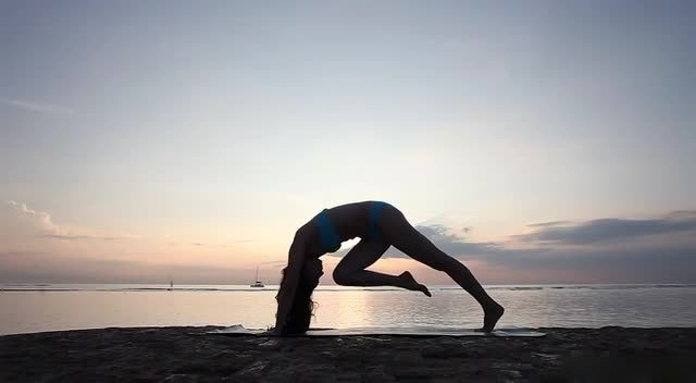 舞蹈战士流动瑜伽,就和跳舞一样的流畅!