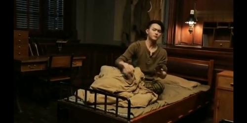 《烈火军校》-第0集精彩看点 《烈火军校》花絮:许凯在线演绎吃醋小少年