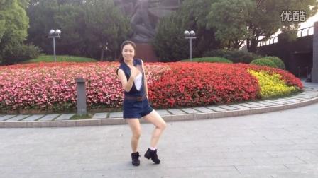 心平广场舞奔跑吧兄弟