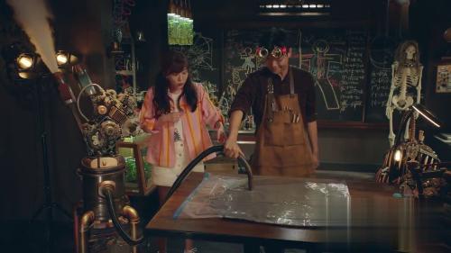 《爱情公寓5》-第4集精彩看点 美嘉请小黑解决子乔西装问题
