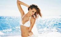 性感美女裸身湿水 维多利亚的秘密比基尼时尚大片