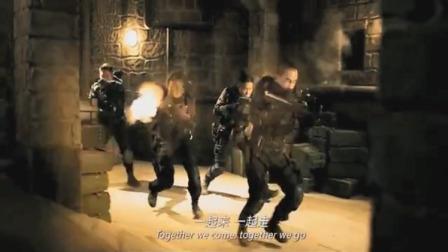 黄金兄弟:影片最精彩的一段枪战,四人血洗一座岛,看得太过瘾了