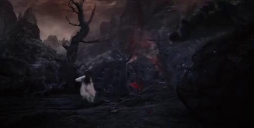 《三生三世枕上书》-第1集精彩看点 东华帝君在凤九危急时刻现身