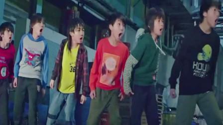 龙拳小子:马老师被一脚踢飞,林秋楠爆发!