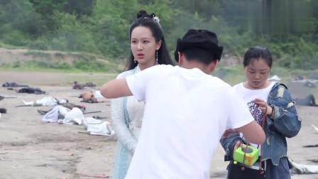 《天乩之白蛇传说》花絮,斩荒刘学义片场采访白夭夭杨紫好欢乐!