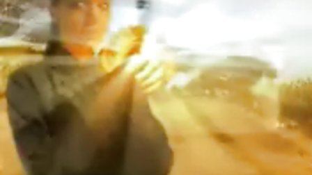 古墓丽影2预告片