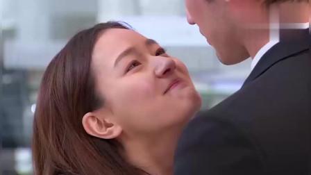 遇见王沥川:和好如初啊!沥川主动向小秋道歉了,俩人亲密的抱在一起!