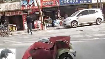 [拍客]实拍街头cs狂人