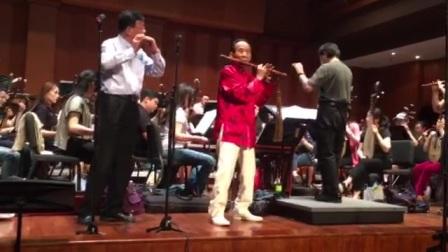 陈惠龙老师、陆春龄老师《欢乐歌》排练片段