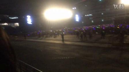 2015陈奕迅Another Eason's LIFE演唱会南京站 返场最后一曲《K歌之王》&退场
