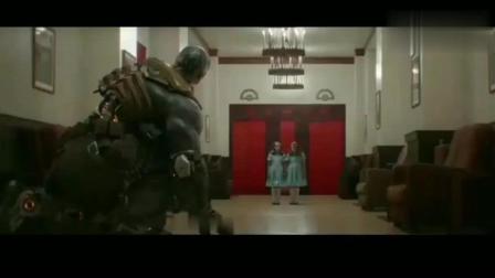 周星驰的《功夫》与《头号玩家》致敬的《闪灵》血海对比