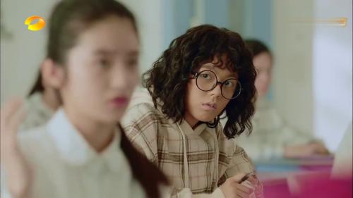 《初恋那件小事》-第3集精彩看点 夏淼淼和何欣化敌为友