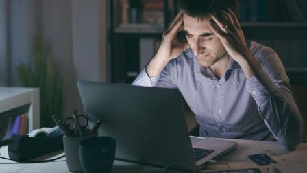 还在周末补觉?专家数据分析,长久熬夜枸杞茶都救不了你!