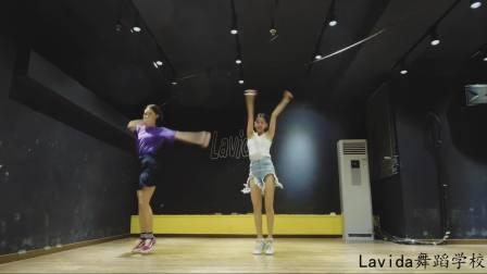 《创造101》主题曲舞蹈:pickmepickmeup!
