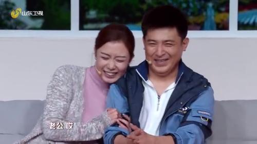 孙涛、龙月表演小品《我蕉绿》