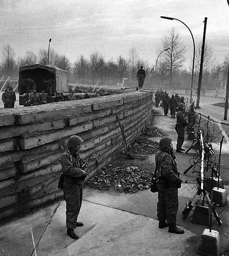 BBC 柏林墙秘史