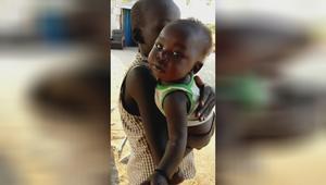 没有女人地位的非洲,13岁女孩已经是4个孩子的妈,看着真心酸