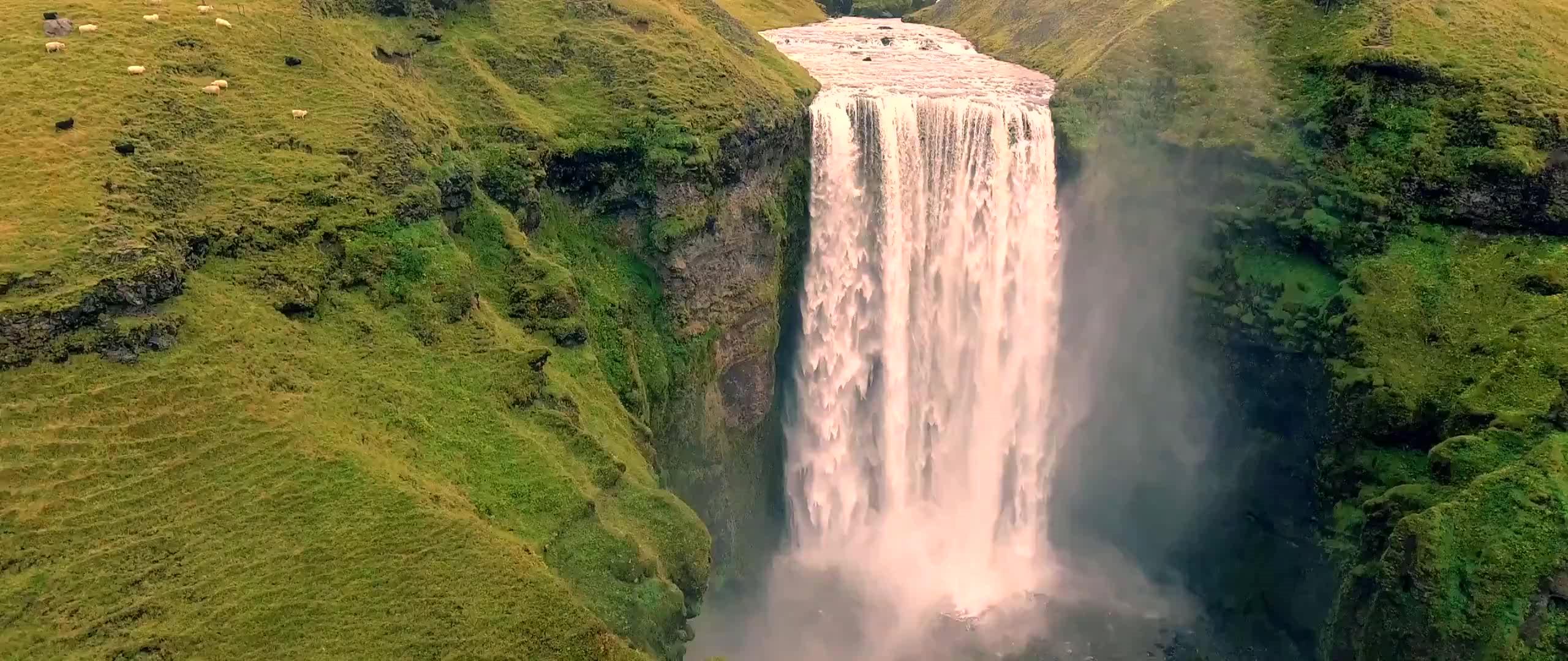 高清航拍风景——带你领略山脉冰川瀑布的美