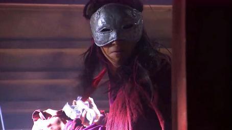 碧血剑:神秘人进入库房,偷取银子,谁料被锦衣卫的人发现