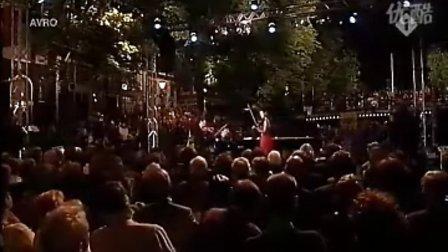 Janine.Jansen 珍妮杨森 肖斯塔科维奇钢琴与双小提琴 五首中的三首