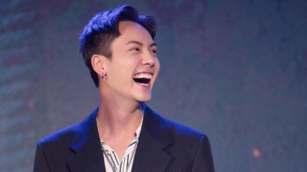 《战神纪》首映发布会: 陈伟霆否认自己像地主家的傻儿子!