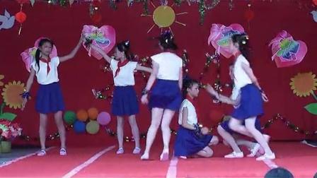 下漳小学六年级舞蹈《放轻松》