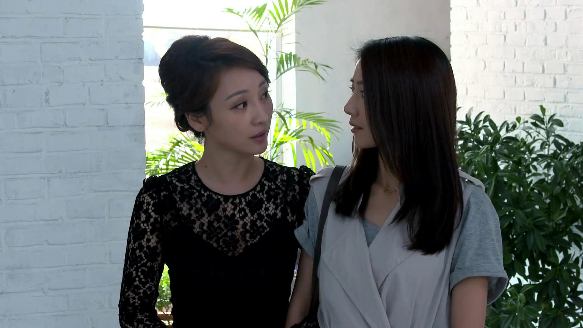 《咱们结婚吧》-第20集精彩看点 与艺术男相亲 杨桃不慎出糗事