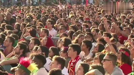 C罗神级帽子戏法+天外飞仙任意球绝平救主,葡萄牙的球迷沸腾了