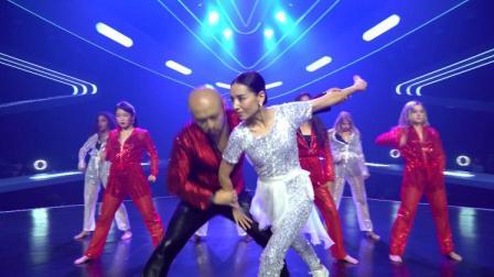 新舞林大会:董洁展现超强舞蹈功底,一镜到底,完美演绎现代舞