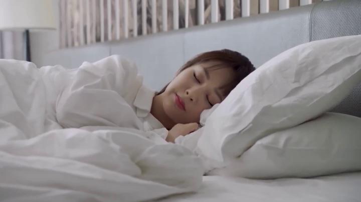 亲爱的,热爱的36 看点:佟年韩商言甜蜜共睡一张床