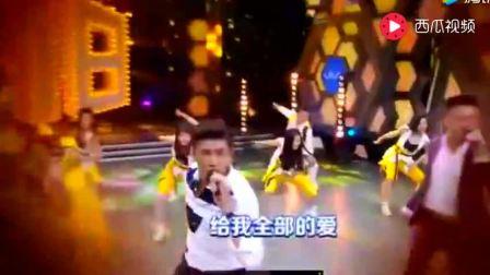 小虎队吴奇隆再唱《青苹果乐园》