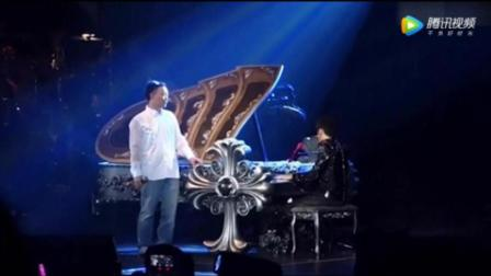陈奕迅去看周杰伦演唱会, 两人同台演出, 感情真好