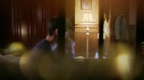 《我只喜欢你》第29集精彩看点:乔一百般逗言默开心