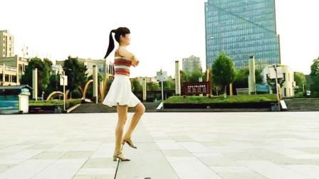 麦芽广场舞《等着我来爱》原创32步简单易学