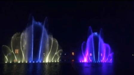 家乡这个音乐喷泉美的让人尖叫, 造价1000万超级震撼!