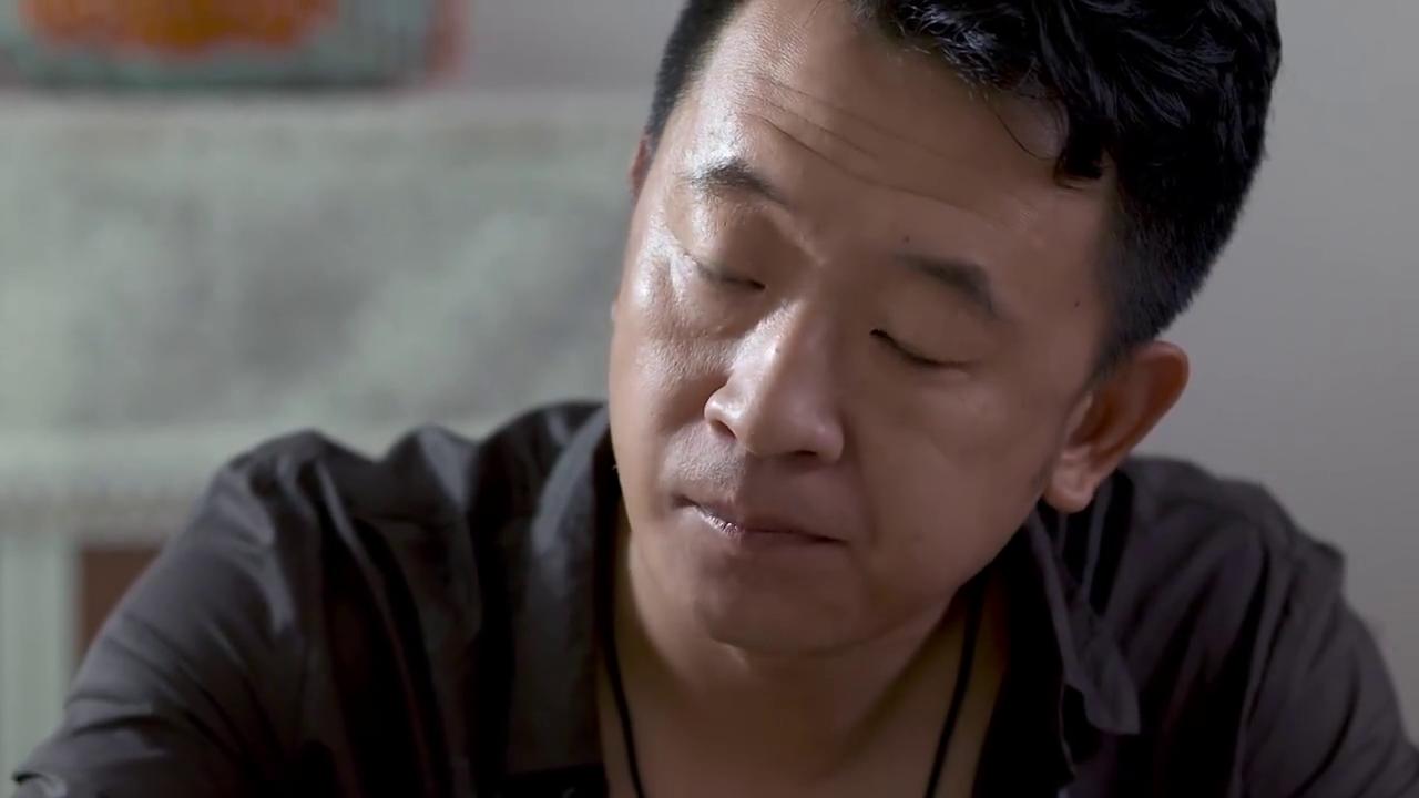 《咱们结婚吧》-第18集精彩看点 得知杨桃去相亲 果然佯装不介意