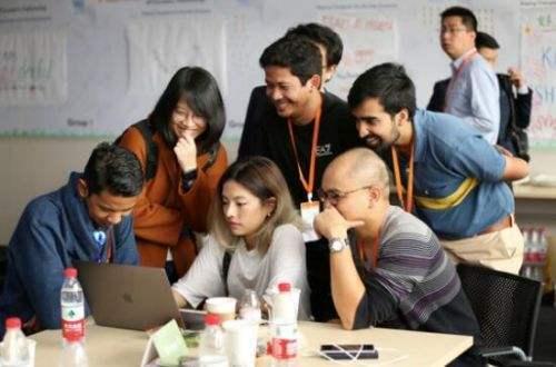 年轻创业者在危机里依然会选择创业