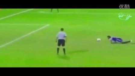 搞笑足球视频