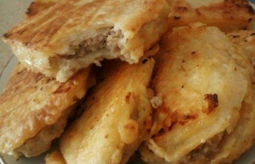 土豆新吃法,不炒不炖也不蒸,加点肉馅,出锅比茄盒藕盒都好吃!