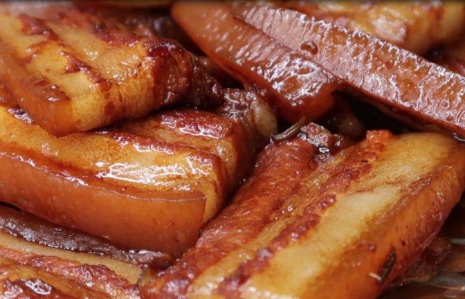 五花肉怎么做才好吃?教你个特色新做法,肥而不腻特别下饭