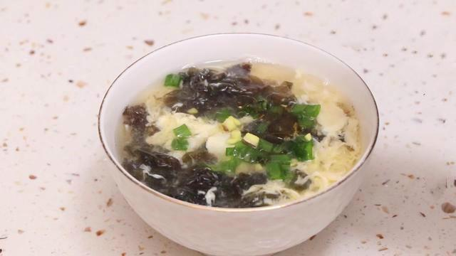 紫菜蛋花汤这样做才好吃,很多人第一步就错了,做法诀窍一看就会
