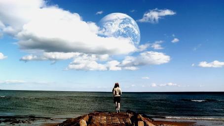 另一个地球:女孩回家时,却发现家门口多了一个自己,怎么回事?