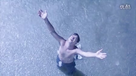 《肖申克的救赎》主角逃离监狱的震撼过程