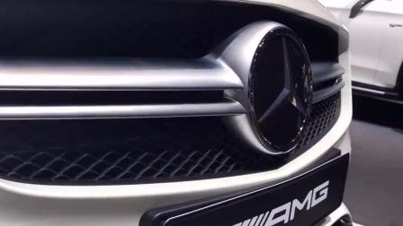 2018奔驰AMG A45 vs 2017福特福克斯 RS