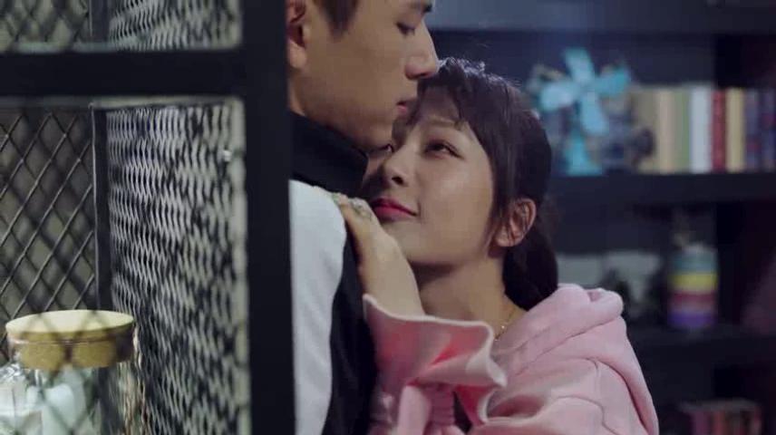《亲爱的热爱的》佟年醉酒狂撩韩商言