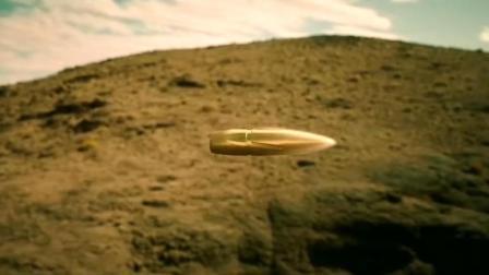 《红海行动》片段:黄景瑜百步穿杨击伤敌方狙击手