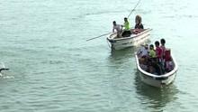 《舰在亚丁湾》拍摄花絮 海盗跳海