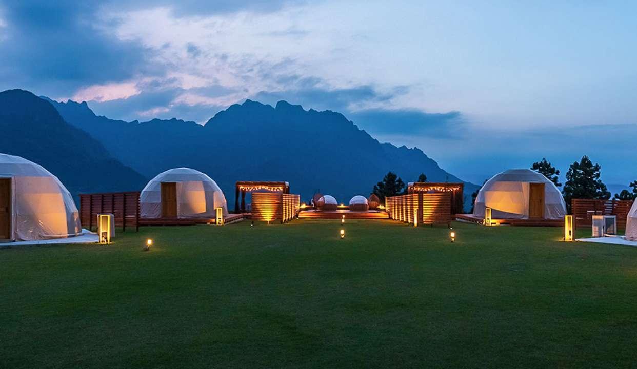 亚洲第一情侣野营酒店